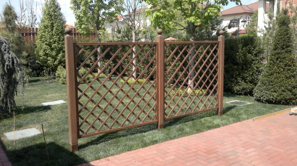 Забор из пергола